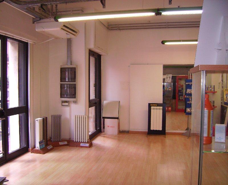 Immobile Commerciale in vendita a Grottaferrata, 1 locali, prezzo € 265.000 | Cambio Casa.it