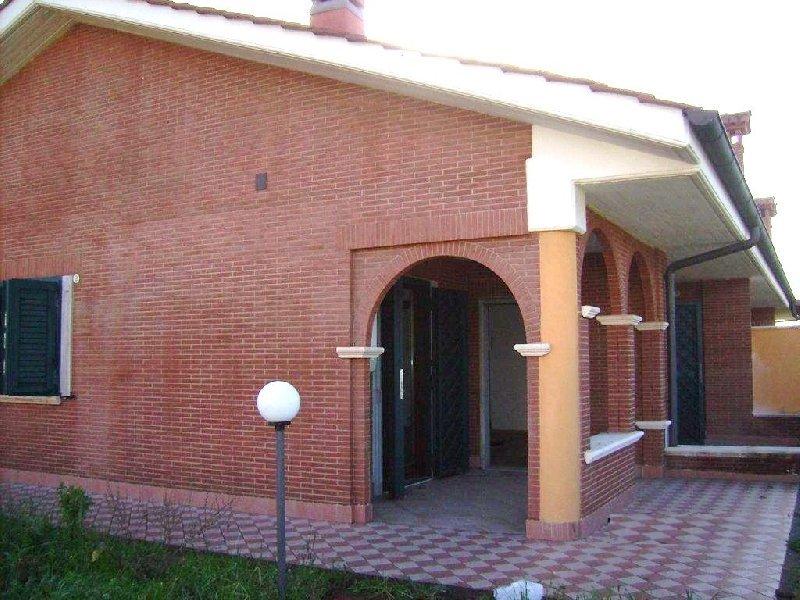 Villa in vendita a Ciampino, 6 locali, prezzo € 469.000 | Cambio Casa.it