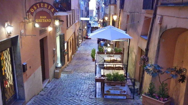 Ristorante / Pizzeria / Trattoria in vendita a Frascati, 3 locali, prezzo € 85.000 | Cambio Casa.it