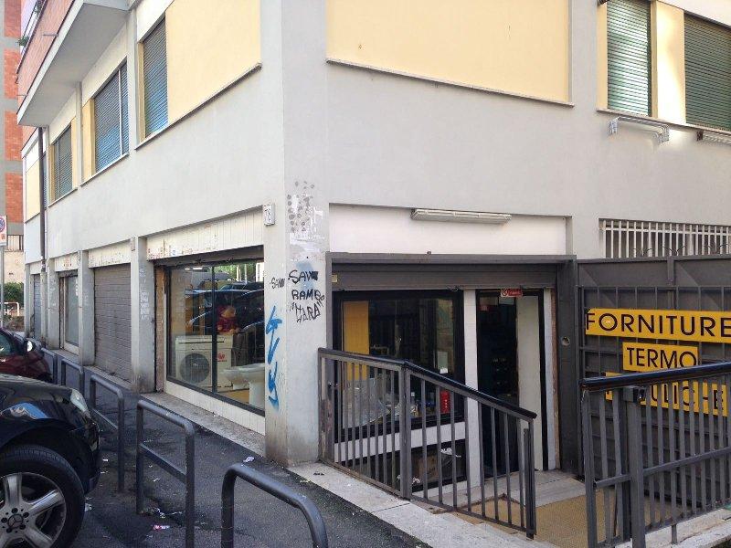 Locale Commerciale in vendita a Roma (RM)