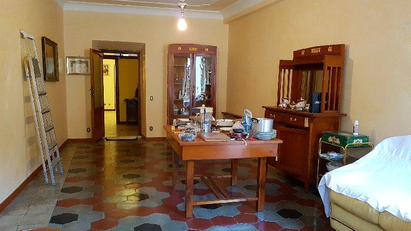 Appartamento in vendita a Marino, 4 locali, zona Zona: Marino Centro, prezzo € 195.000   CambioCasa.it