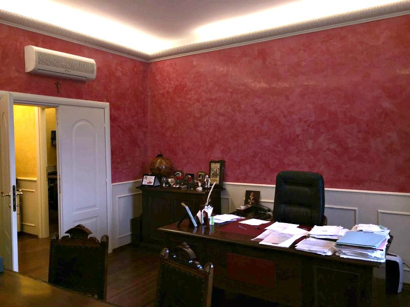 Ufficio / Studio in affitto a Marino, 4 locali, zona Zona: Marino Centro, prezzo € 850 | CambioCasa.it