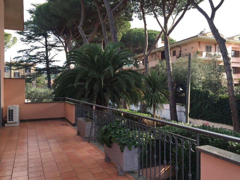 Villa in affitto a Grottaferrata, 6 locali, prezzo € 1.450 | Cambio Casa.it