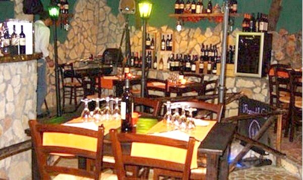 Ristorante / Pizzeria / Trattoria in affitto a Marino, 1 locali, zona Zona: Marino Centro, Trattative riservate   Cambio Casa.it