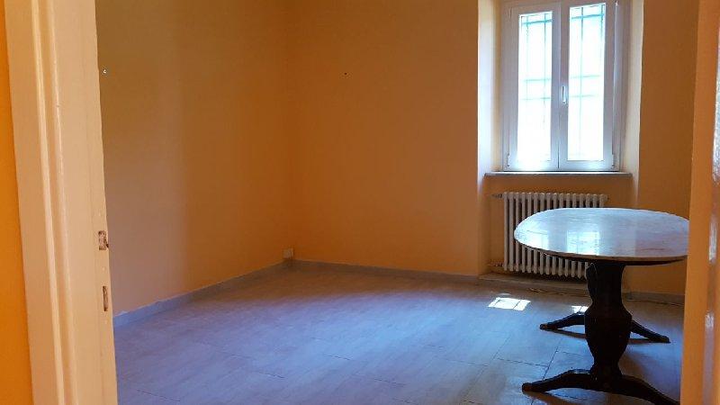 Ufficio / Studio in affitto a Grottaferrata, 3 locali, prezzo € 750   Cambio Casa.it