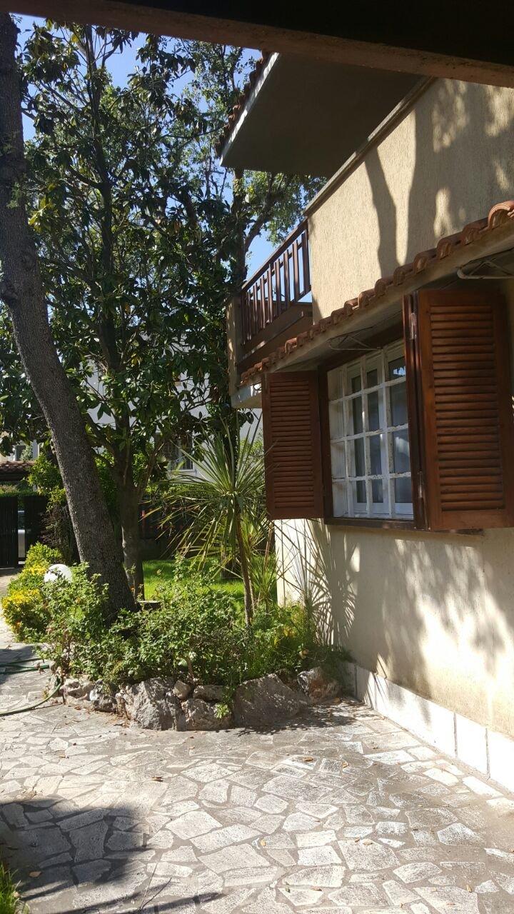 Villa in affitto a Fiumicino, 6 locali, zona Zona: Fregene, prezzo € 1.200 | CambioCasa.it
