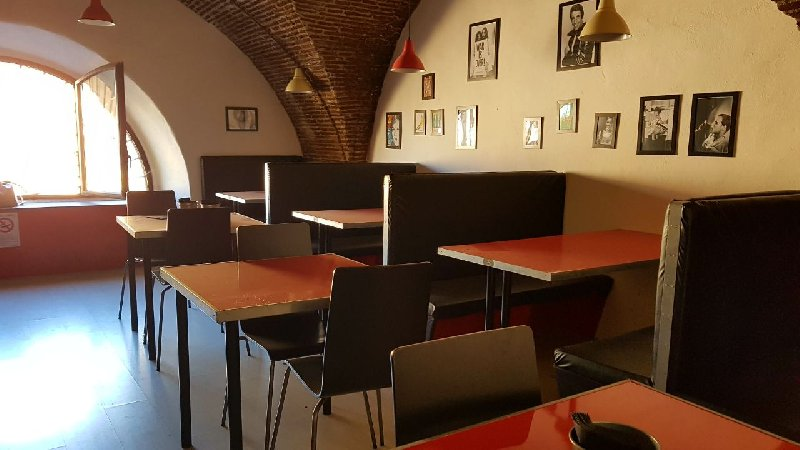 Immobile Commerciale in Vendita a Frascati