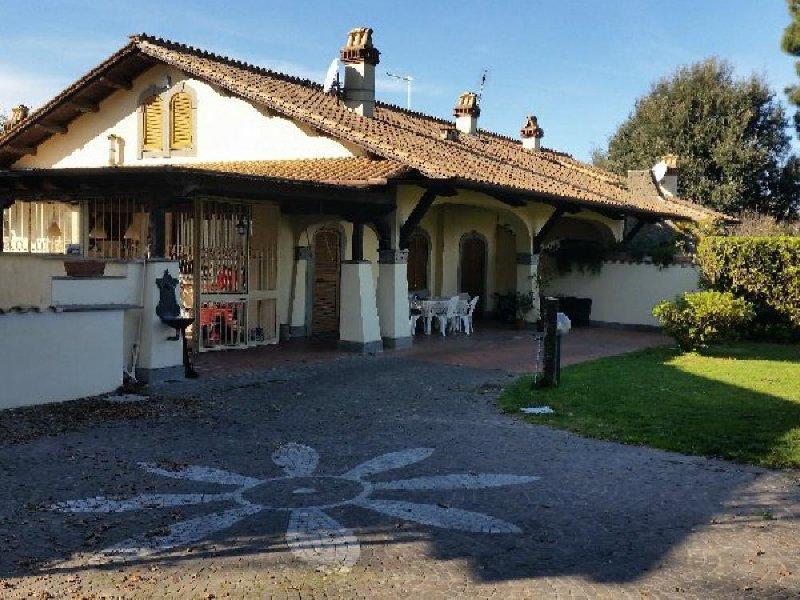 Villa in affitto a Grottaferrata, 4 locali, Trattative riservate | CambioCasa.it