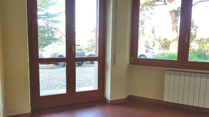 Appartamento in affitto a Marino, 2 locali, prezzo € 500   CambioCasa.it