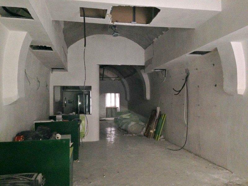 Immobile Commerciale in affitto a Marino, 1 locali, zona Zona: Marino Centro, prezzo € 1.500 | CambioCasa.it