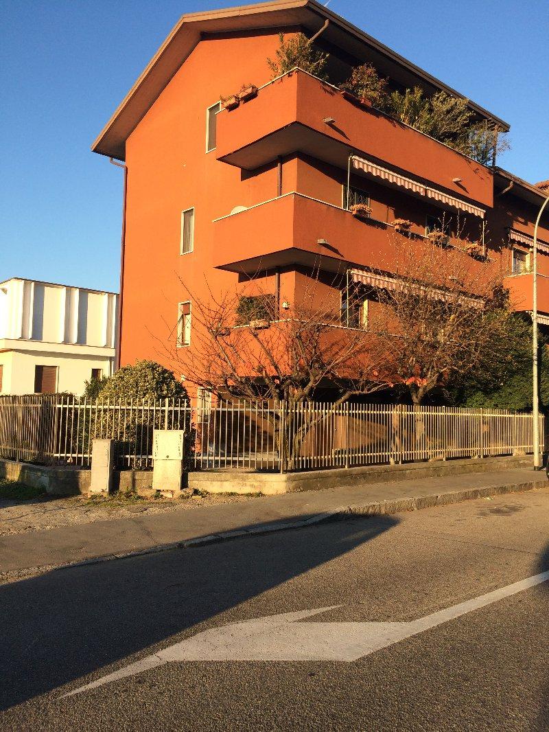 Ufficio / Studio in vendita a Legnano, 2 locali, prezzo € 94.000 | Cambio Casa.it