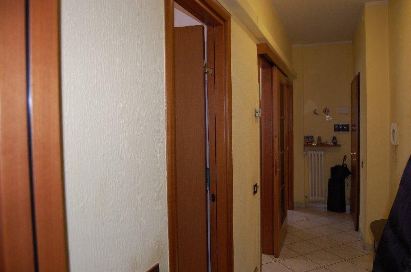 Bilocale Cerro Maggiore Via S. Clemente 47 9