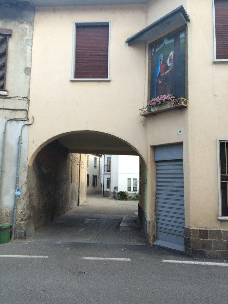 Appartamento in vendita a Parabiago, 2 locali, zona Zona: Villastanza, prezzo € 50.000 | Cambio Casa.it