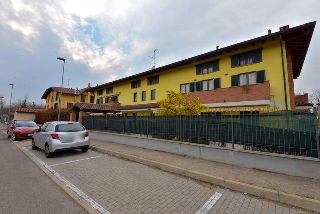 Appartamento in vendita a Dairago, 3 locali, prezzo € 119.000 | Cambio Casa.it