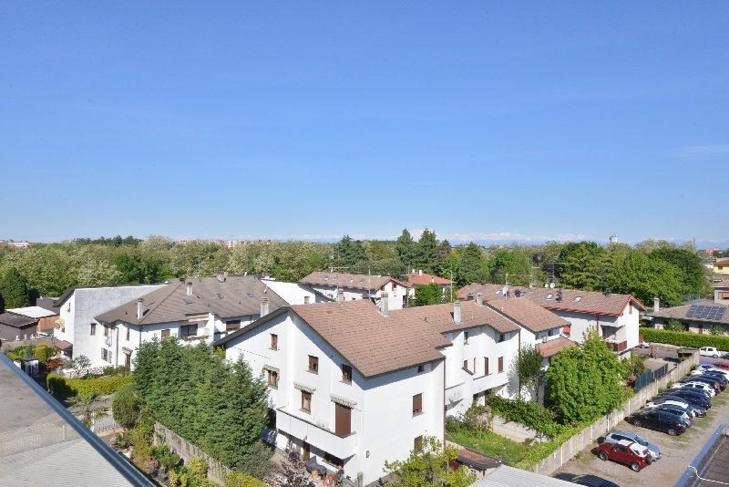 Bilocale Legnano Via Sauro 4