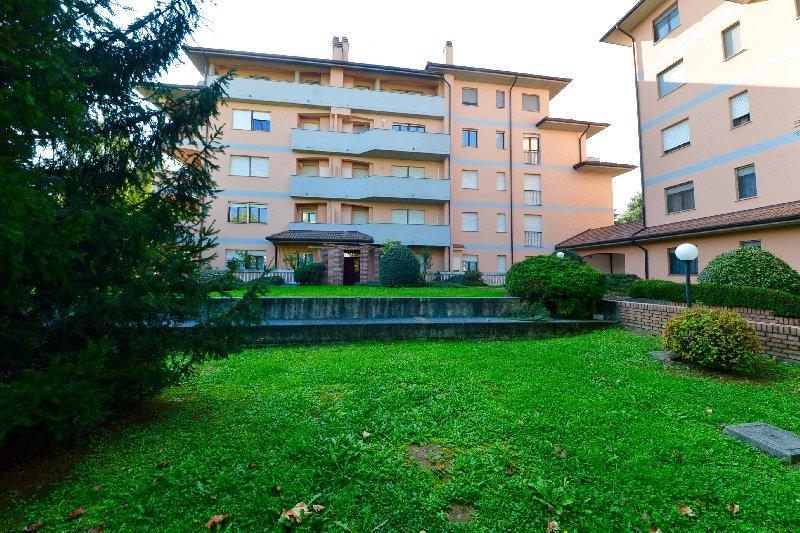 Appartamento in vendita a Canegrate, 2 locali, prezzo € 110.000 | Cambio Casa.it