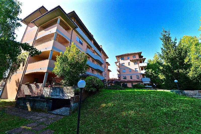 Bilocale Canegrate Via Livigno 2 1