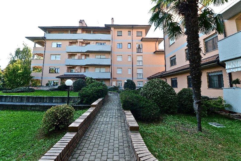 Bilocale Canegrate Via Livigno 2 9