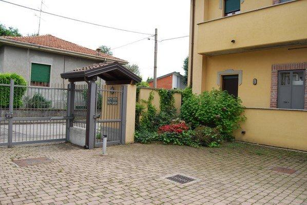 Bilocale Busto Arsizio Via Brunico 1 2