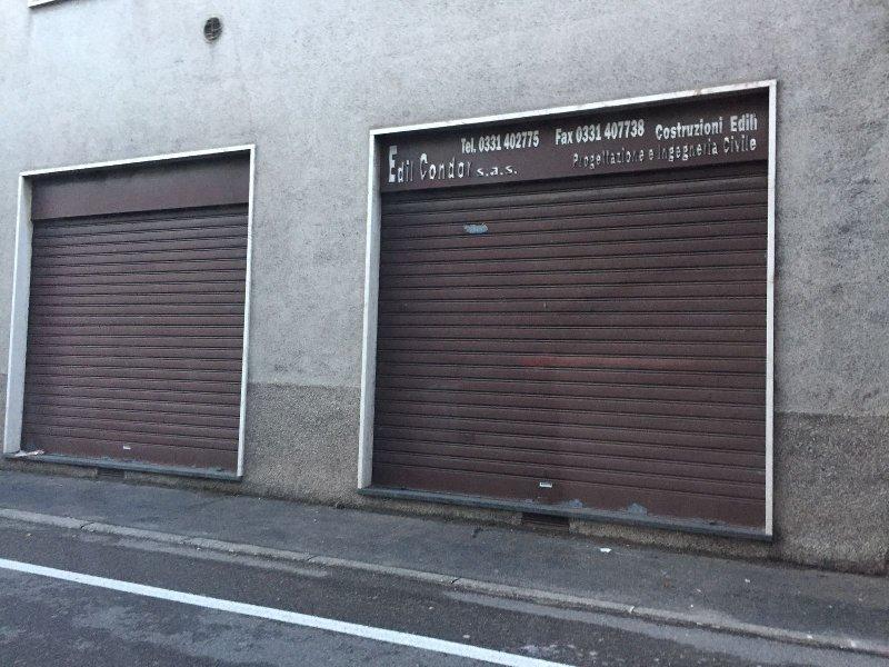 Negozio / Locale in Vendita a Canegrate