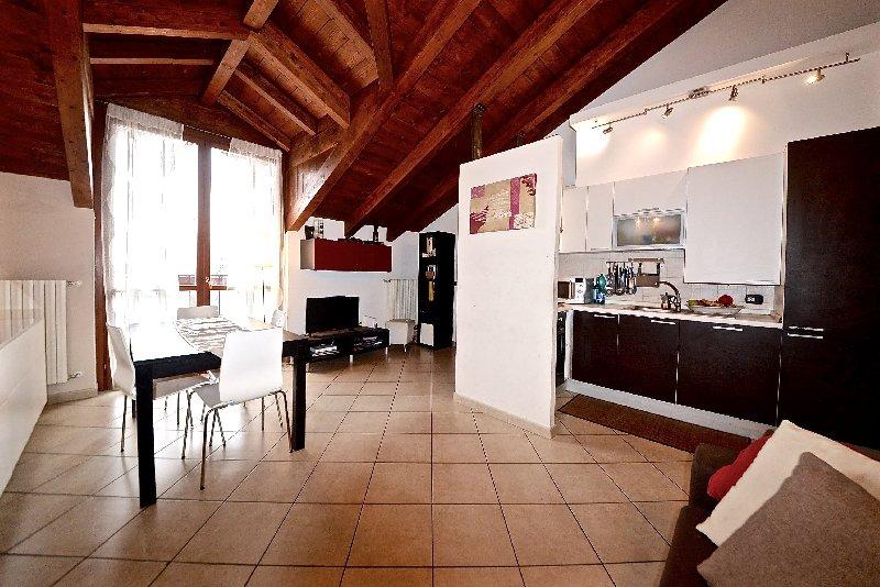 Attico / Mansarda in vendita a Legnano, 3 locali, prezzo € 134.000 | Cambio Casa.it