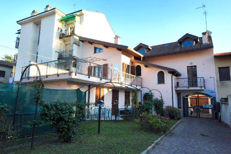 Appartamento in affitto a Legnano, 2 locali, zona Zona: Legnarello, prezzo € 550 | Cambio Casa.it