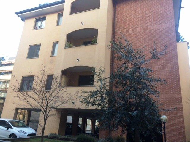 Appartamento in affitto a Legnano, 2 locali, zona Zona: Centro, prezzo € 550 | Cambio Casa.it