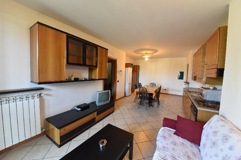 Appartamento in vendita a Dairago, 3 locali, prezzo € 187.000 | CambioCasa.it