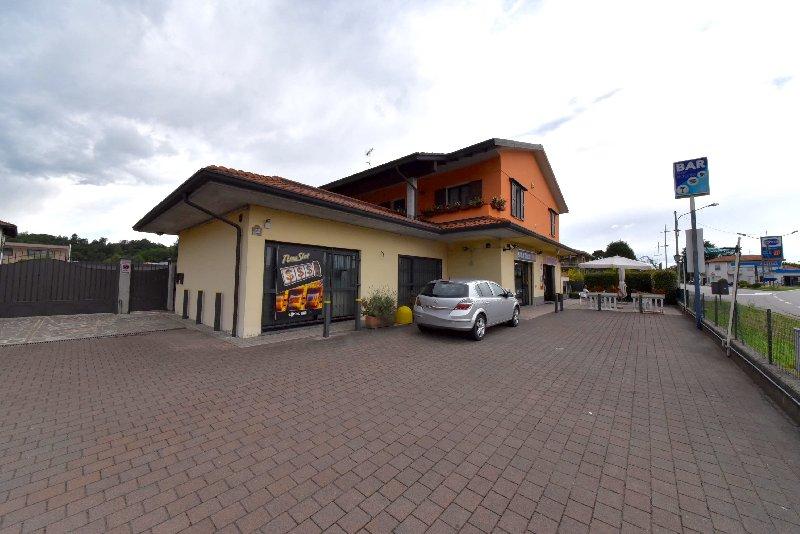 Negozio / Locale in vendita a Borgo Ticino, 6 locali, prezzo € 185.000 | CambioCasa.it