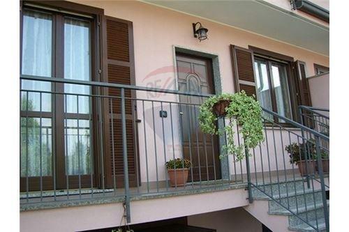 Villa a Schiera in Vendita a Dairago