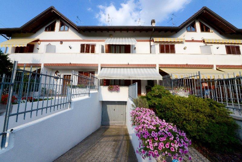 Villa a Schiera in vendita a Marnate, 4 locali, prezzo € 229.000 | CambioCasa.it