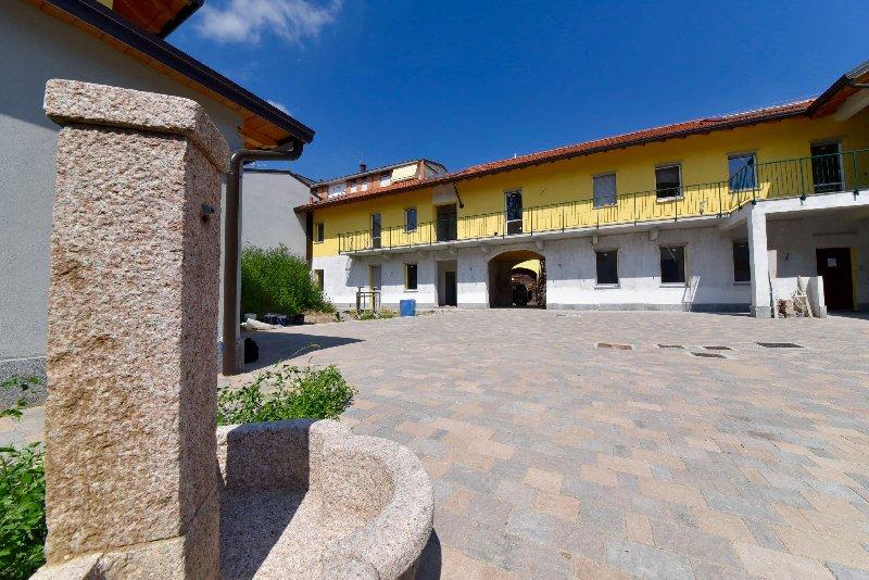 Appartamento in vendita a Parabiago, 2 locali, prezzo € 80.000   CambioCasa.it