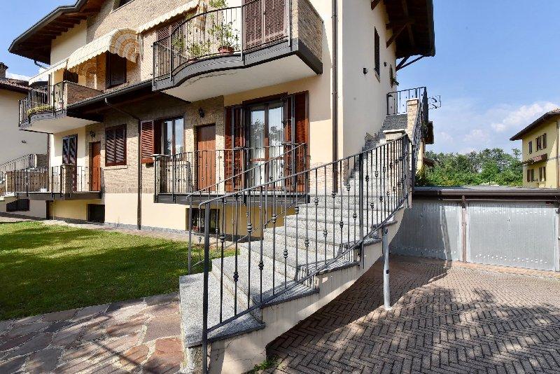 Villetta Quadrifamiliare in vendita - 130 mq