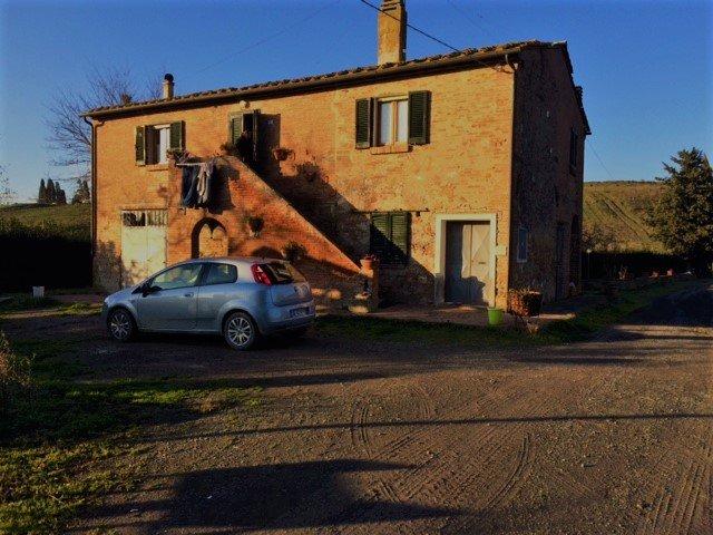 Soluzione Indipendente in vendita a Calcinaia, 9 locali, zona Zona: Fornacette, prezzo € 400.000 | Cambio Casa.it