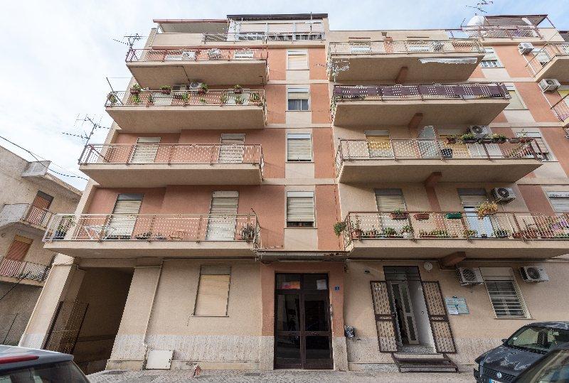 Appartamento vendita CARINI (PA) - 3 LOCALI - 115 MQ