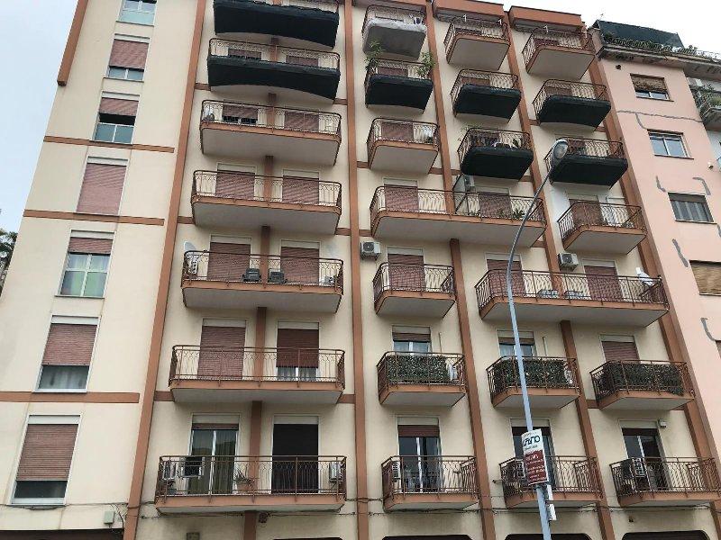 Appartamento affitto Palermo (PA) - 3 LOCALI - 102 MQ