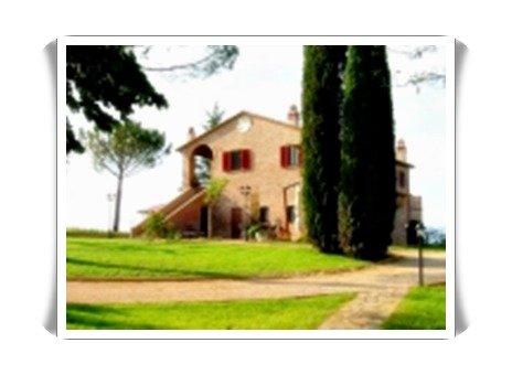 Rustico / Casale in vendita a Castiglione del Lago, 30 locali, prezzo € 1.120.000 | Cambiocasa.it