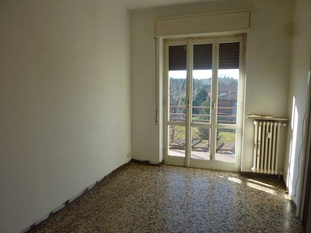 Appartamento in vendita a Albizzate, 3 locali, prezzo € 67.000 | CambioCasa.it