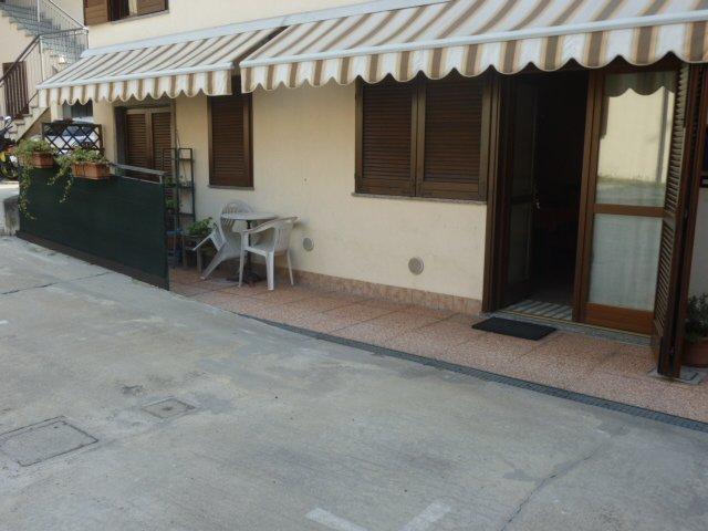 Bilocale Carnago Via Stribiana 2