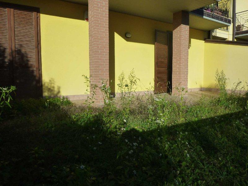 Bilocale Albizzate Piazza Iv Novembre n.4 8