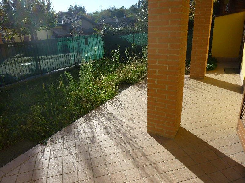 Appartamento in vendita a Albizzate, 2 locali, prezzo € 125.000 | CambioCasa.it