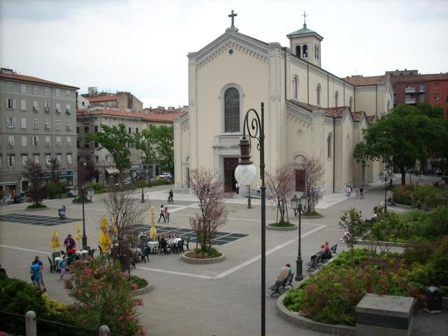 Bilocale Trieste Via Frausin 22 2