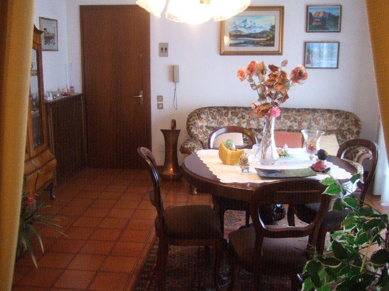 Appartamento in vendita a Villorba, 4 locali, prezzo € 78.000 | Cambio Casa.it