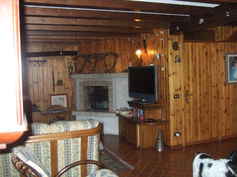 Soluzione Indipendente in vendita a Roncade, 9 locali, zona Zona: San Cipriano, prezzo € 295.000 | Cambio Casa.it