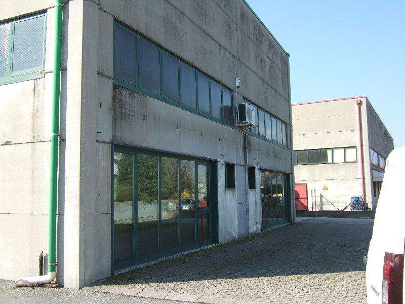 Immobile Commerciale in vendita a Roncade, 4 locali, prezzo € 420.000 | Cambio Casa.it