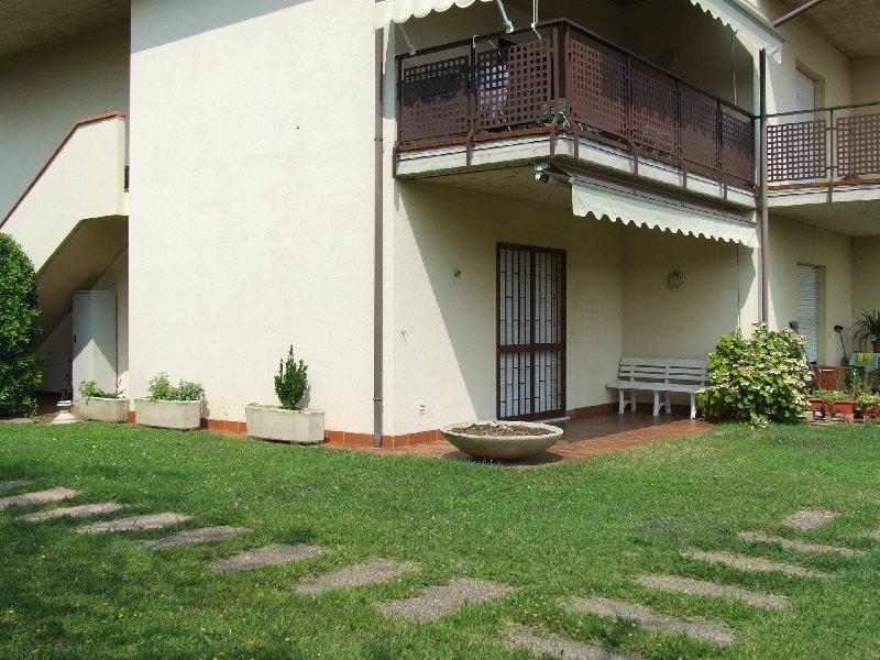 Appartamento in vendita a San Felice del Benaco, 2 locali, zona Zona: Portese, prezzo € 130.000 | Cambio Casa.it