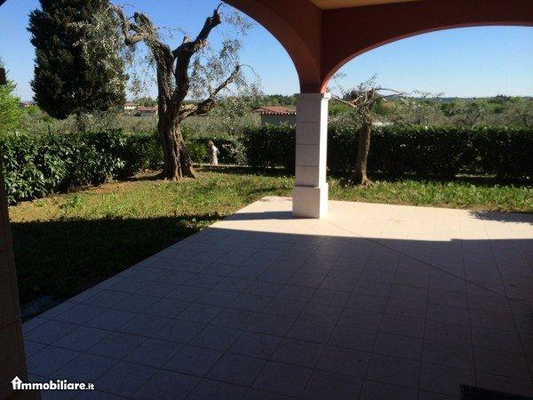 Appartamento in vendita a San Felice del Benaco, 3 locali, zona Zona: Portese, prezzo € 280.000 | Cambio Casa.it