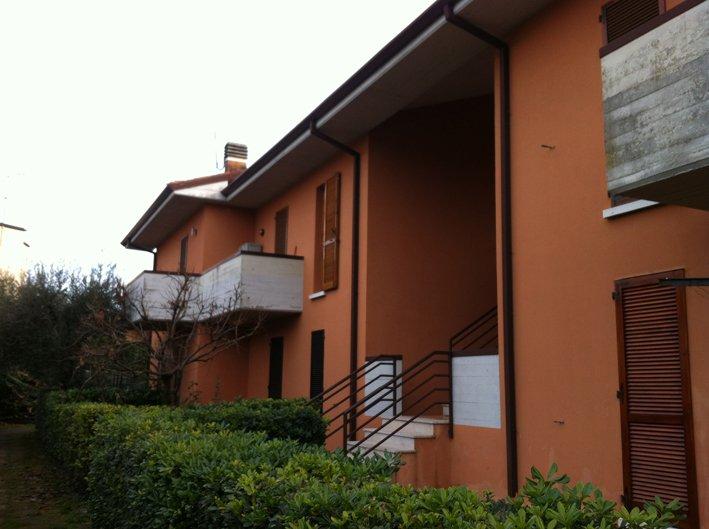 Appartamento in vendita a San Felice del Benaco, 3 locali, prezzo € 149.000 | Cambio Casa.it