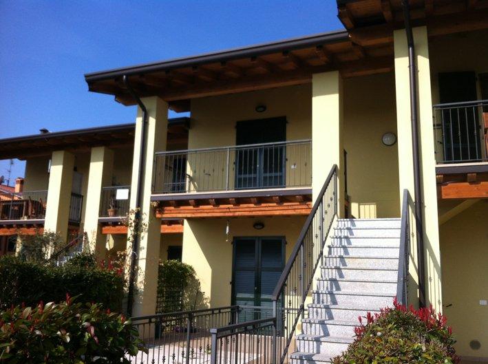 Appartamento in affitto a Puegnago sul Garda, 2 locali, prezzo € 500   CambioCasa.it