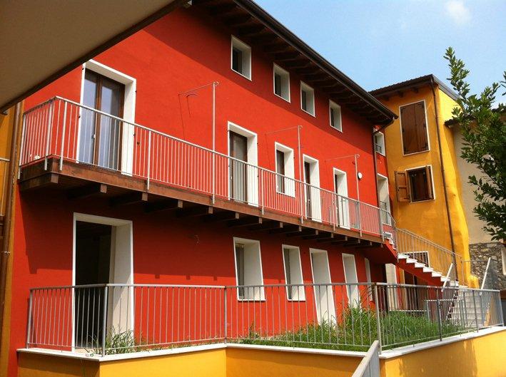 Appartamento in vendita a Salò, 3 locali, zona Zona: Villa, prezzo € 98.621 | Cambio Casa.it
